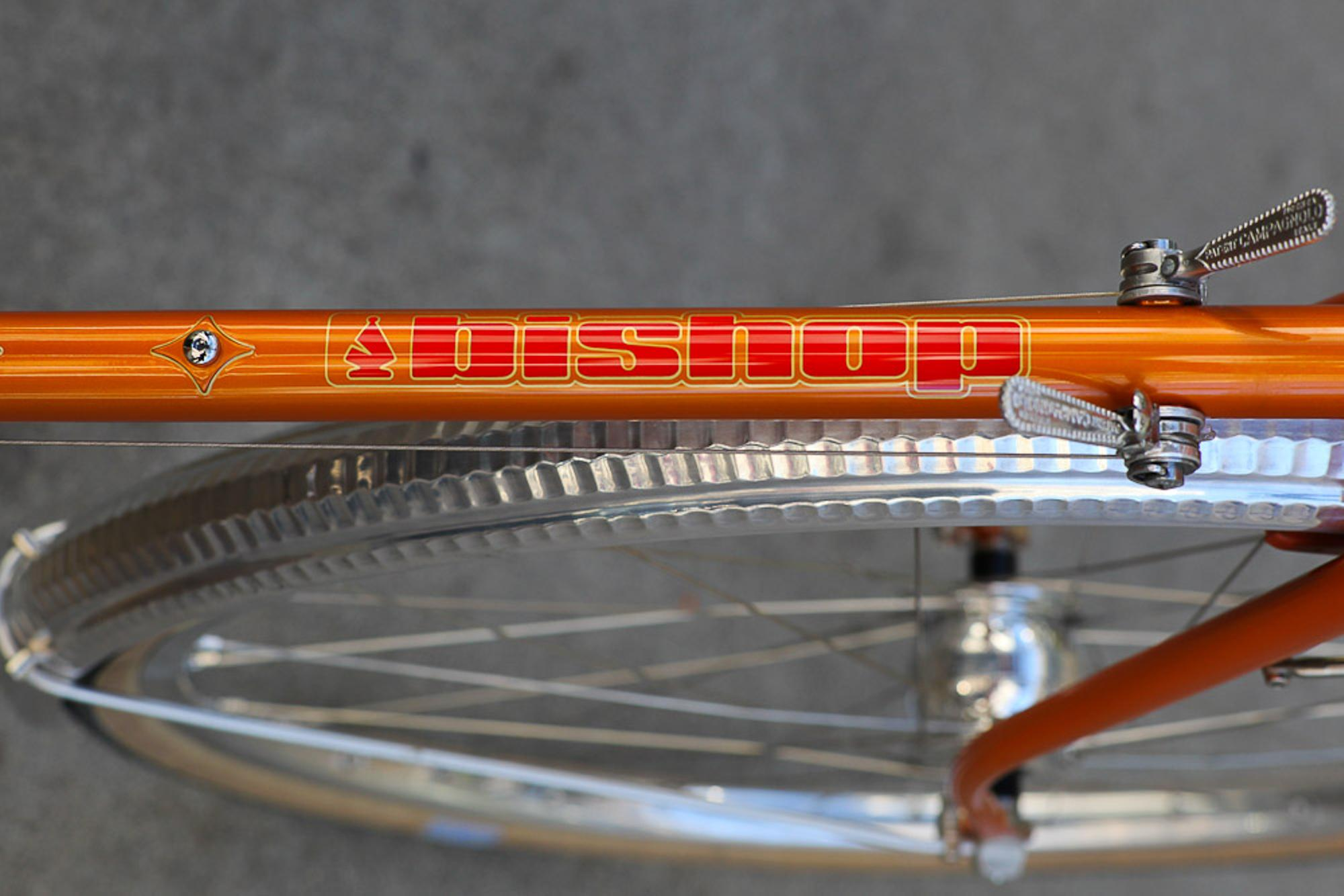 Bryan of Fresh Frame's Bishop logo basks in the sun, above Honjo hammered fenders.