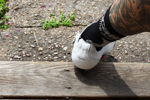 The heel is deep enough to provide support without riding awkwardly when you pedal.
