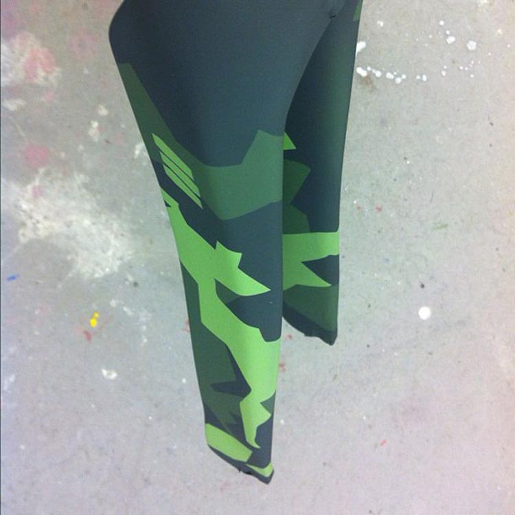 Death Spray Custom: Matte Swedish Splitter Camo Fork