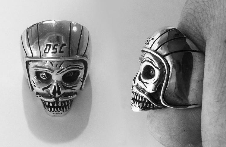 Death Spray Custom: Stevie Gee x The Great Frog Ring