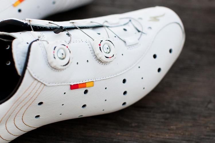 Review: White Leather Specialized 74 Road Shoes