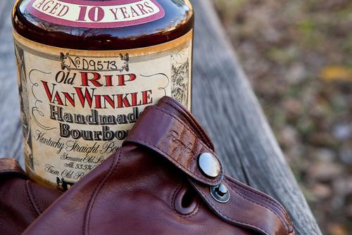 Beautiful in Brown: The Rapha Leather Town Gloves and Old Rip Van Winkle 10