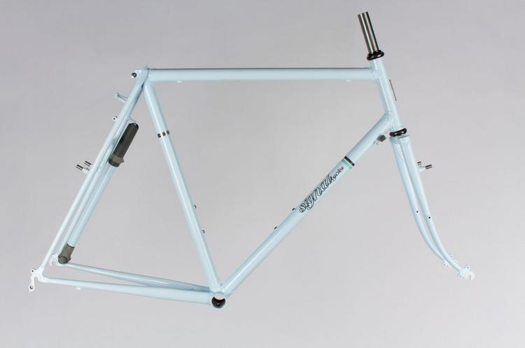 Signal Cycles: Blue Touring Frameset Available