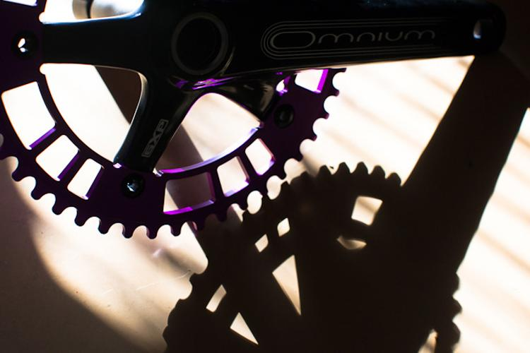 A Thing of Beauty: Purple Anodized 44RN 144#47 Track Chainring