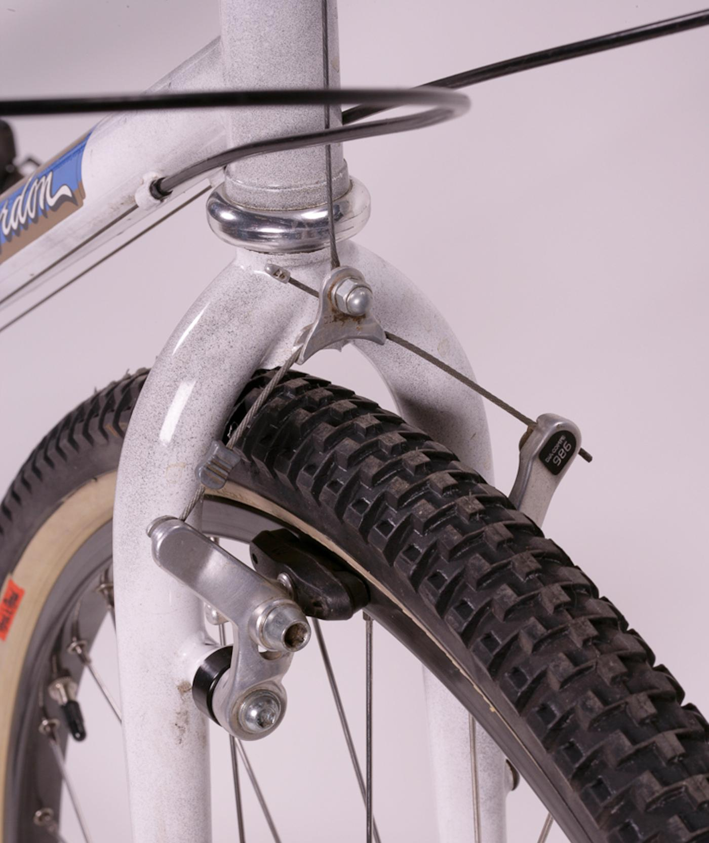 Bruce Gordon Cycles: Rock n' Road All Terrain 700c Tire