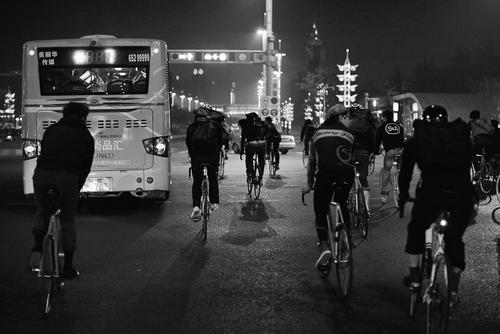 The night ride began. By contrast to Shanghai, most of the riders were under 21.