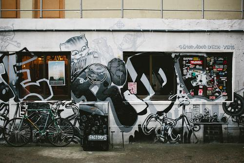 Our day began at Factory 5, Shanghai's premiere fixed gear shop.