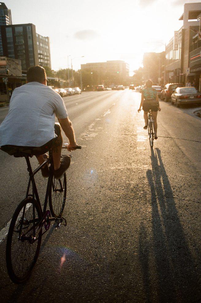 Couple_Riding