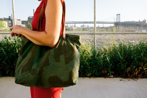 Lauren and her Forestbound tote.