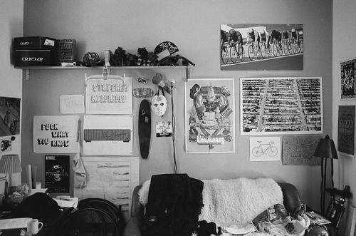 Chas' Dude Room