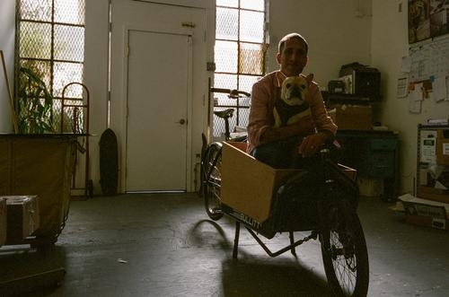 Benny and Levi in the cargo bike.