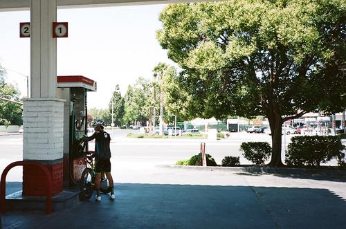 A few miles outside of San Jose, Garrett stopped for a refuel.