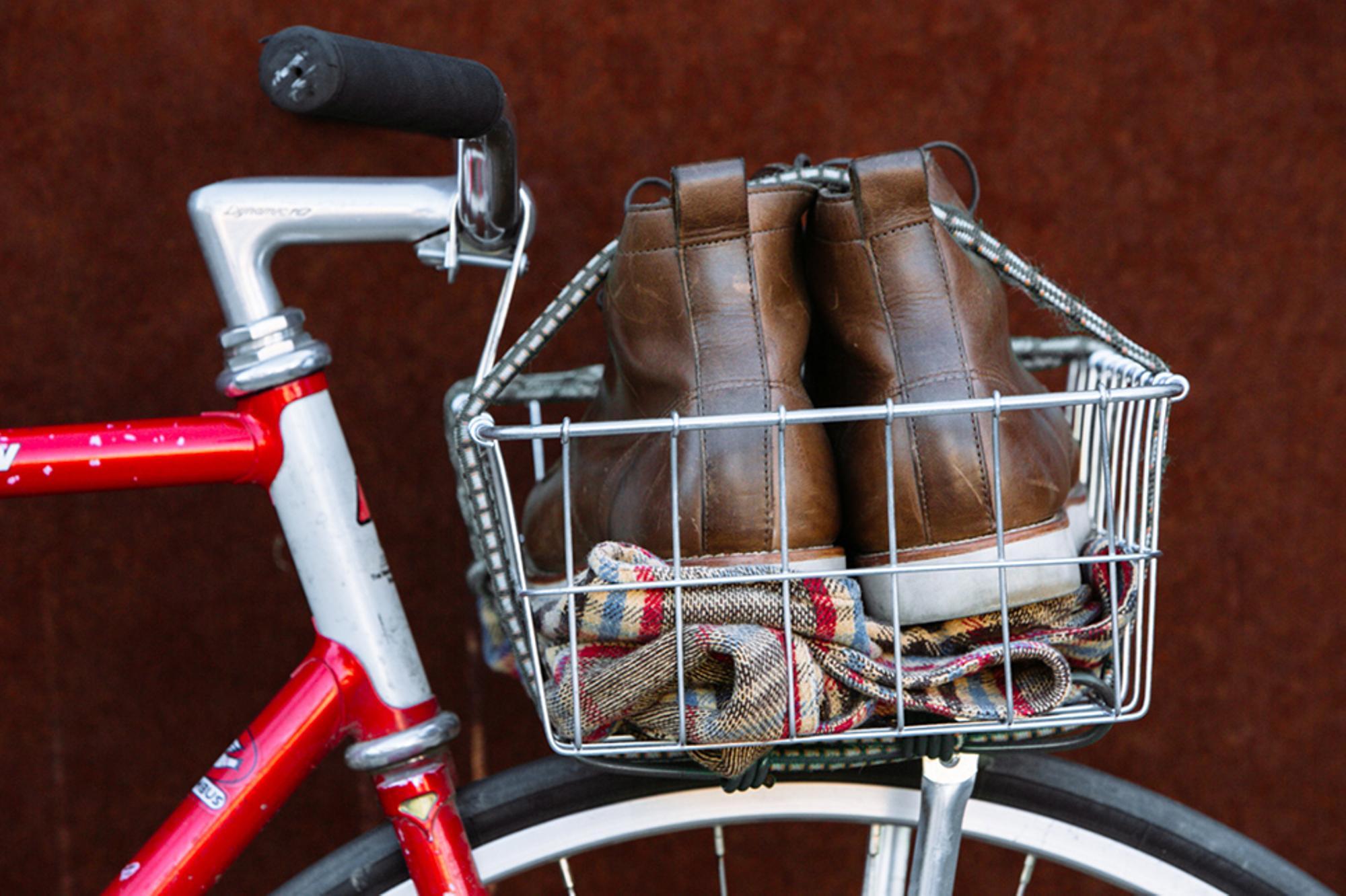 Beautiful Bicycle: Matt's Samson Basket Track