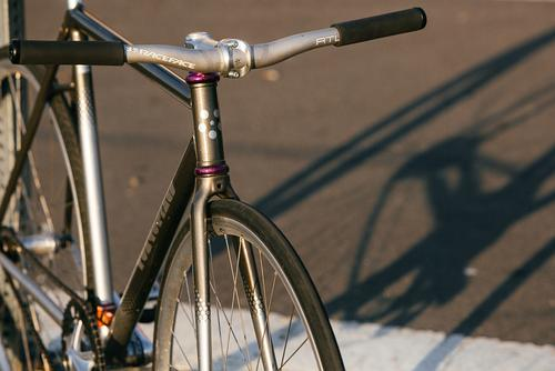 Beautiful Bicycle: Kyle's Tokyo Fixed and Death Spray Custom Ono Track