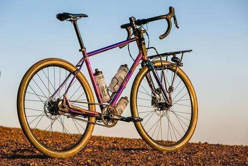 Beautiful Bicycle: Erik's Di2 Alfine 11 Peacock-Nuke Specialized AWOL