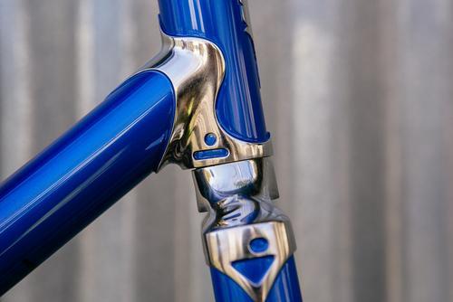 Beautiful Bicycle: Icarus Fade Chevron Singlespeed Frame