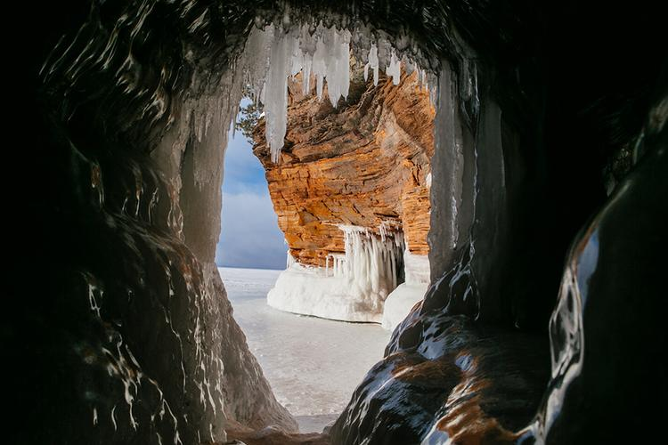 Exploring the Frozen Apostle Island Sea Caves