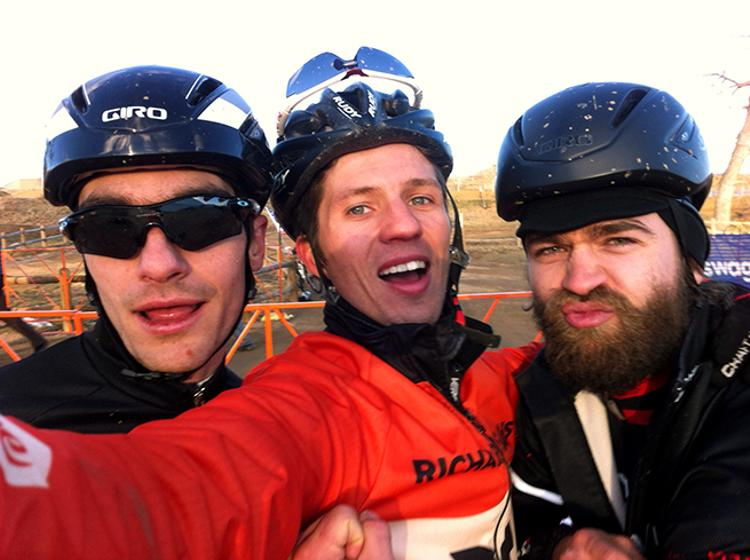 Attention Pro Cyclists: Please Send Manual for Speed Your Selfies