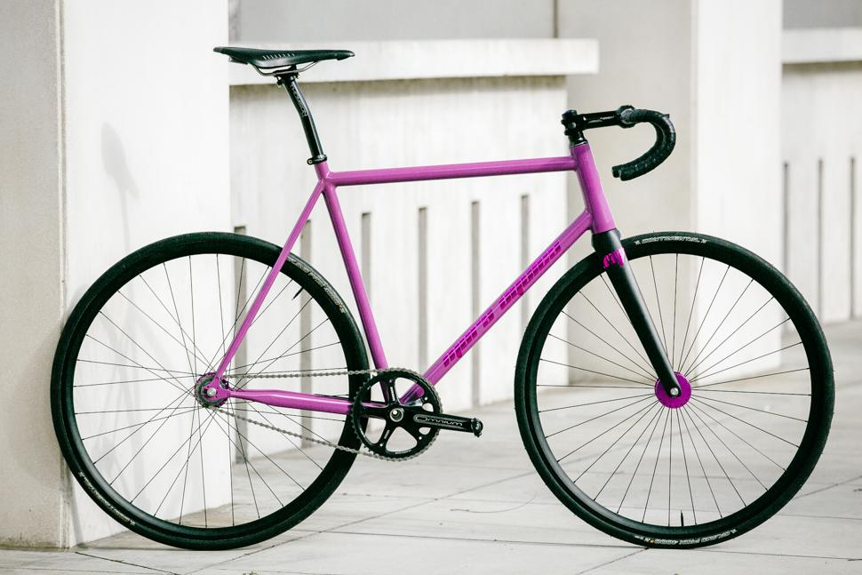 Beautiful Bicycle: Mars Cycles Track