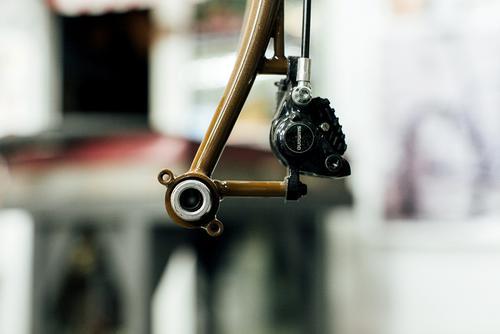 Through-axle, disc, fender, STEEL.