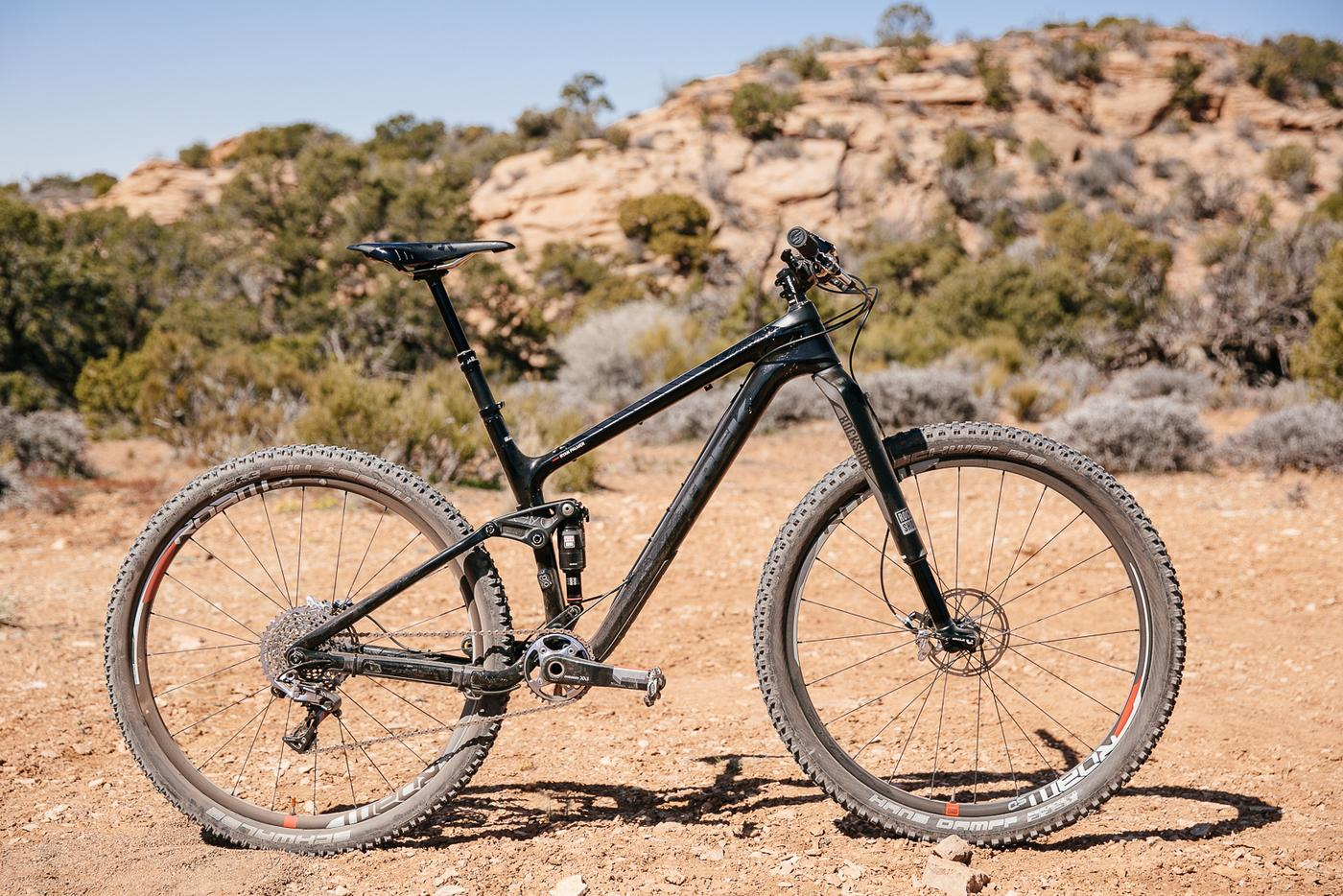 Initial Reaction: The Rock Shox RS-1 Inverted Fork