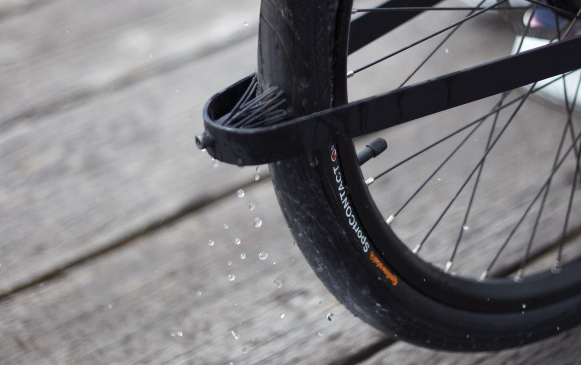 SEA-DENNY-The-fender-is-designed-to-remove-water-from-the-tire-by-disrupting-the-flow-with-rubber-bristles-1160x730