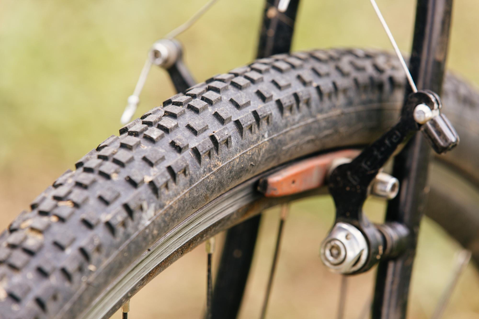 Surly_Knard_Tire-41c-3