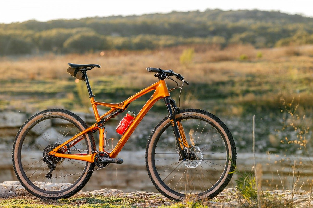 Jonathan's SWorks Epic 29r Burry Stander Edition