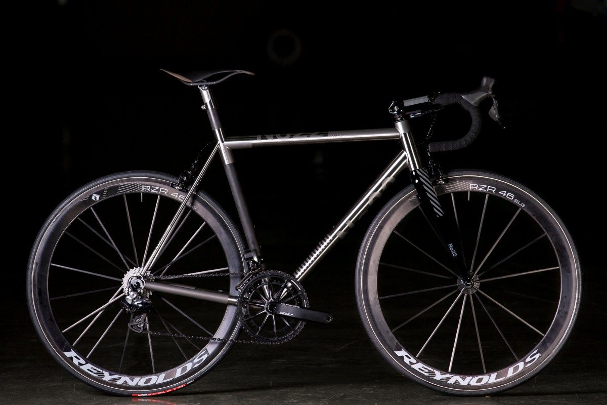 2015 NAHBS: No 22 Reactor Titanium and Carbon Road
