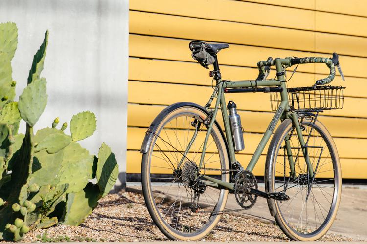 My Geekhouse Woodville Update: Handsome Mud Butler Fenders and Compass Barlow Pass Tires