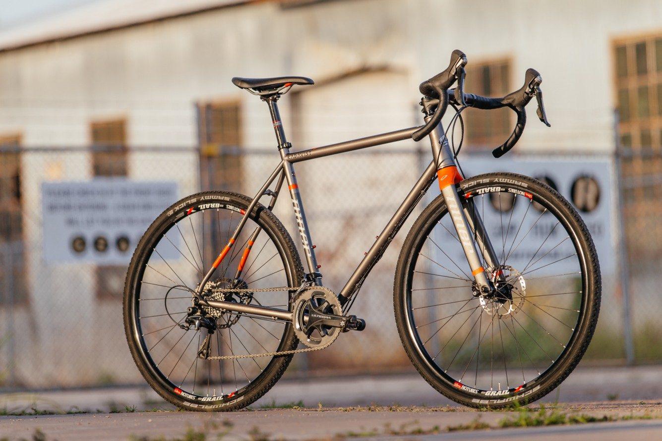 Versatility and Niner\'s RLT 9 Steel Disc Cross Bike with Ultegra ...