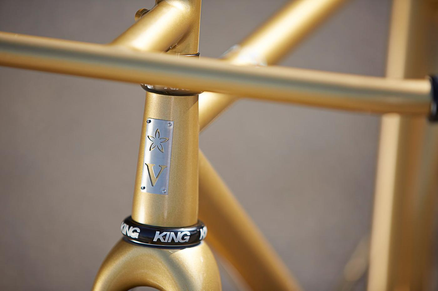 Speedvagen: Golden Urban Racer