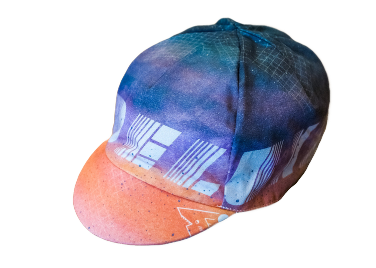 Deluxe Cycles and Fifo Reversible Cap