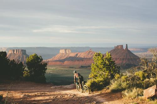 Bikepacking the Kokopelli Trail with Joel Caldwell