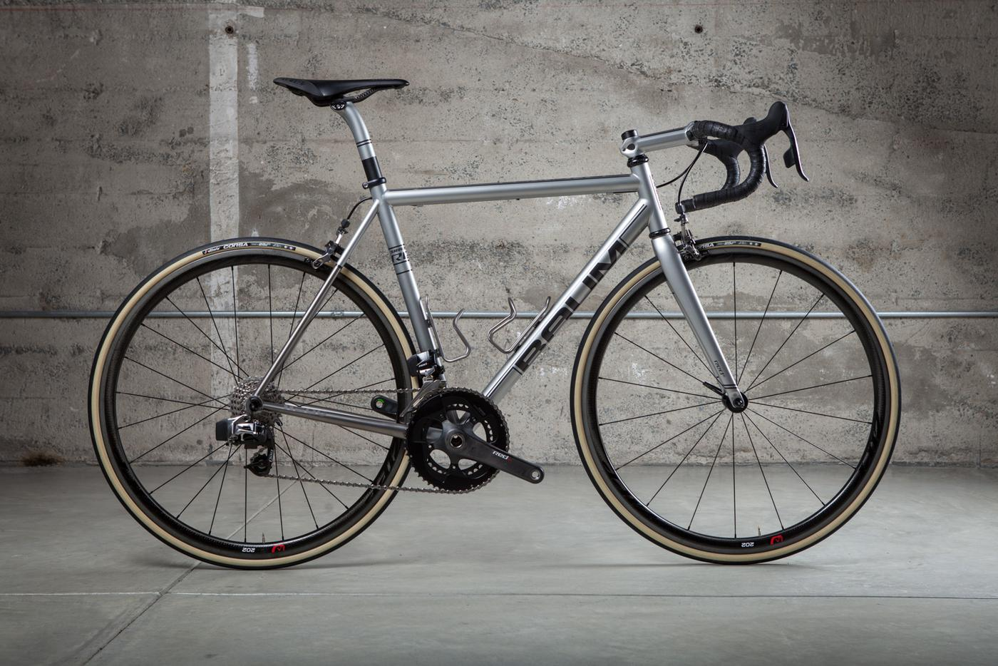 Above Category Looks at SRAM Red eTAP