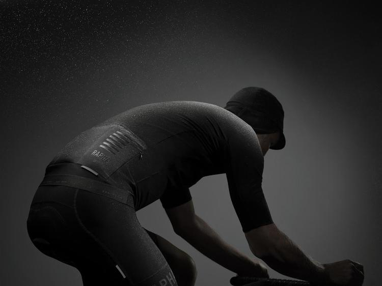 Rapha Launches their Made in Italy Pro Team Shadow Apparel