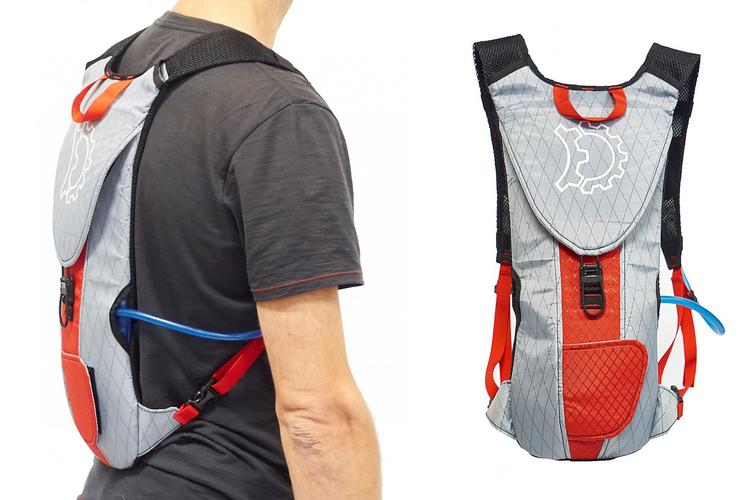 Revelate Designs: The Wampack Winter Hydration Pack