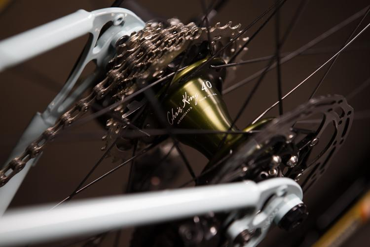 2016 NAHBS: Cielo Base Racer with Olive Drab Chris King 40th Components