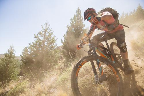 Jens hitting the steep and dusty corner.