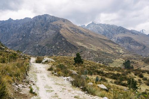 The road to Lagnua Churup