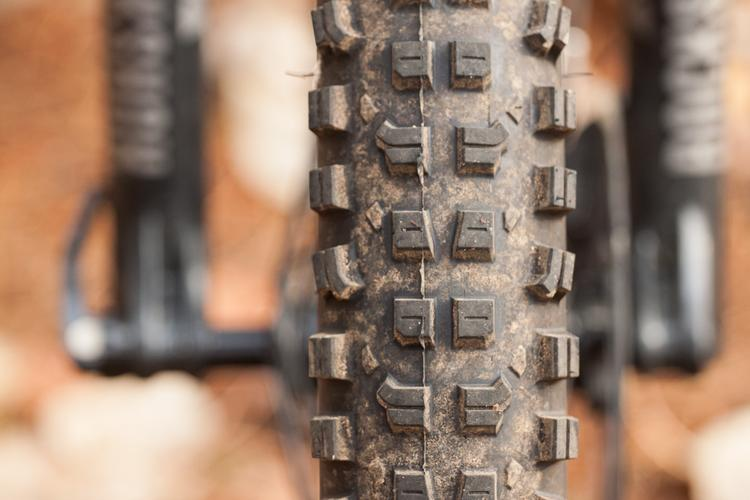 Surly's Dirt Wizard is the Shredliest 27.5+ Tire I've Ridden – Morgan Taylor