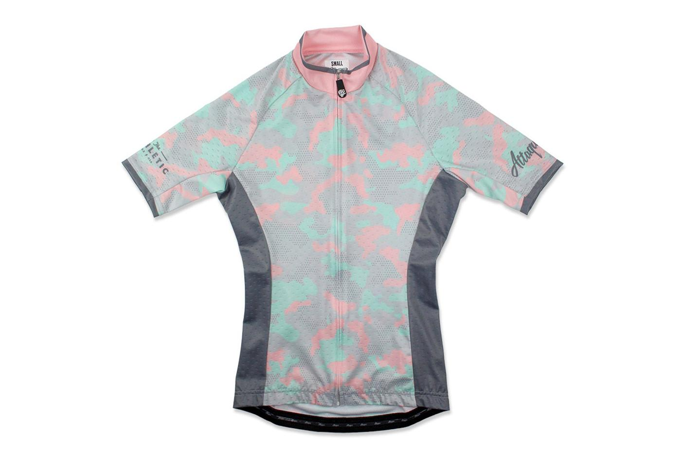 the Athletic and Attaquer: Bande De Filles Women's Kit