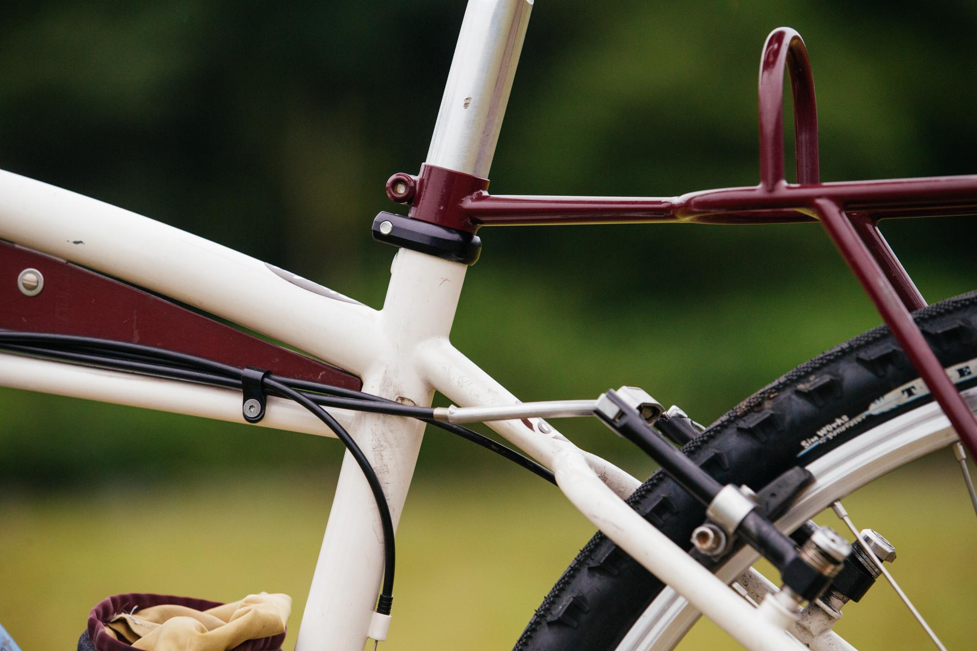 Char Rie's Cafe: The Hunter Cycles Super Coffee Bike Tourer