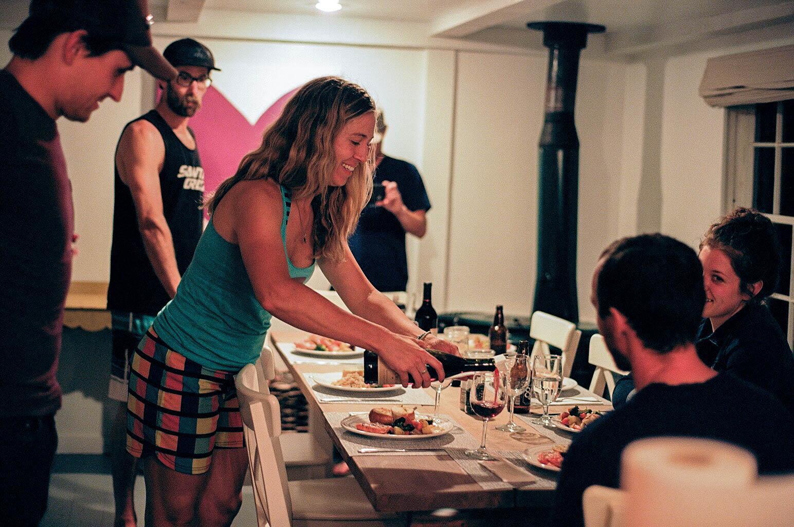 7. bourgeoisie family dinner