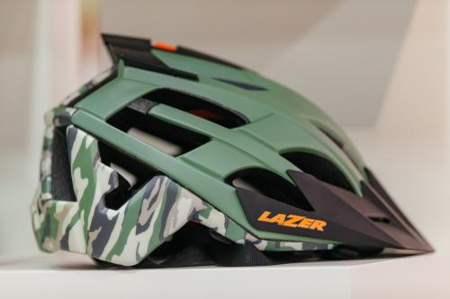 Camo Helmet Battle