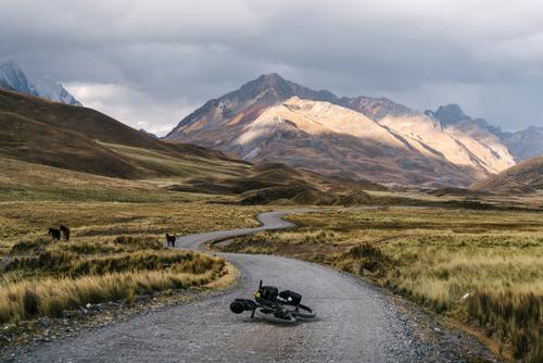 The road toward Pastoruri