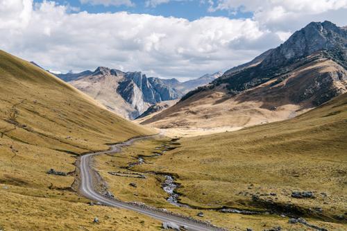 The road from Llamac