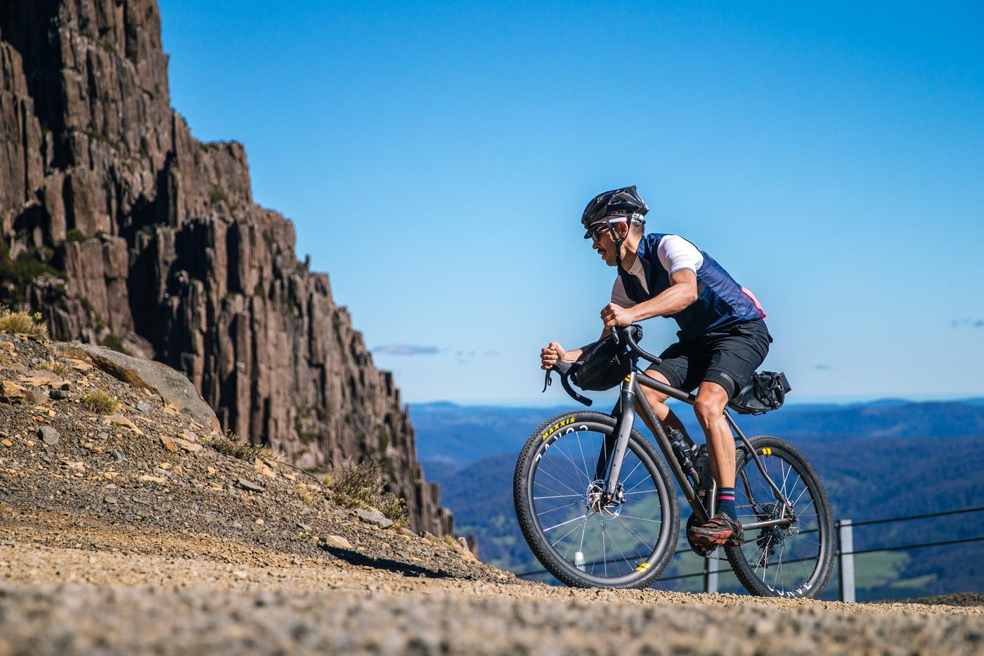 Scott riding Jesse's Curve Cycling GMX Drop Bar Rigid 29'r