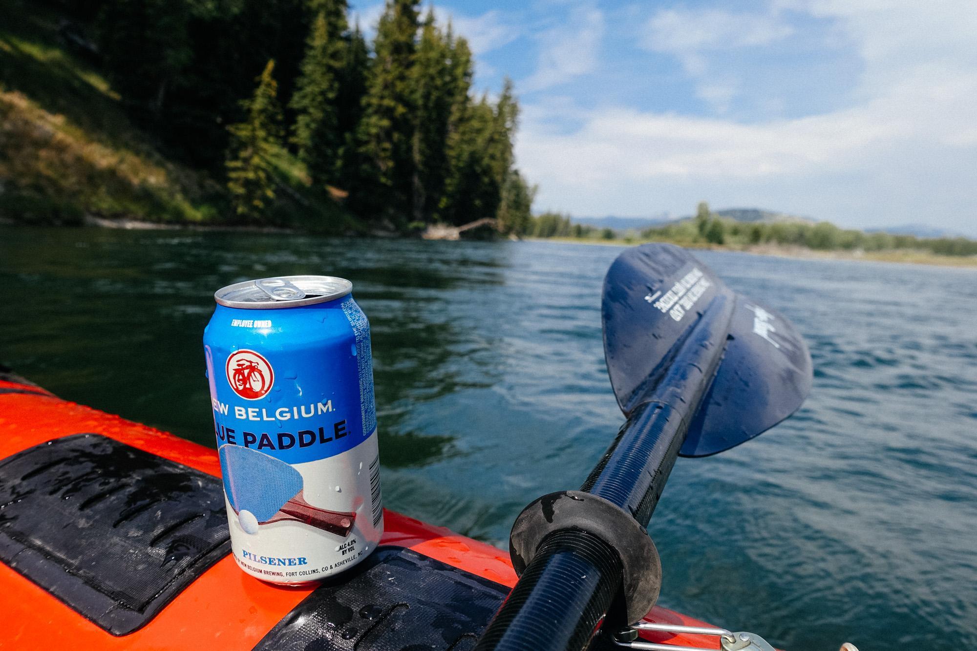 Blue paddle.