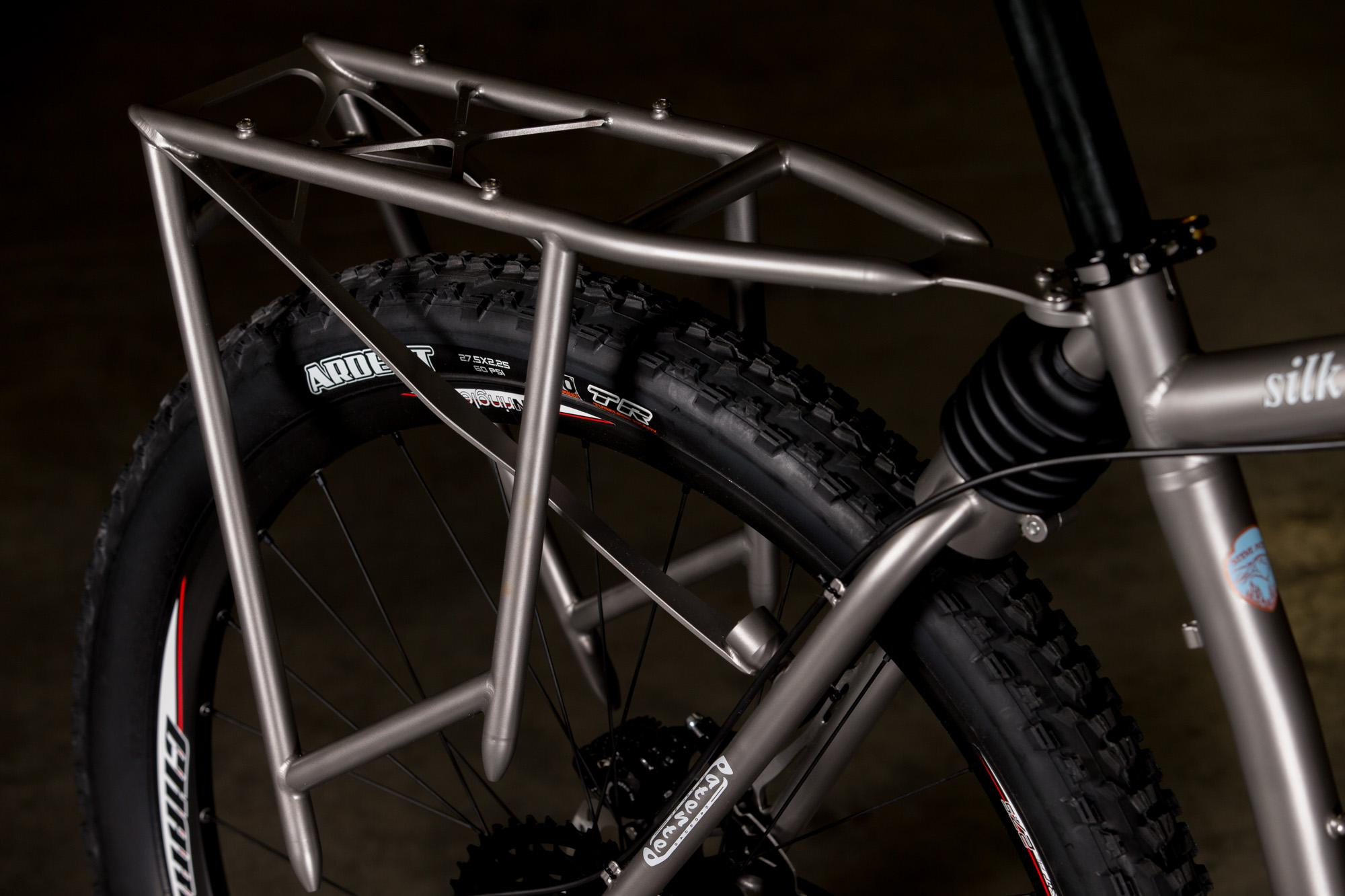2017 NAHBS: Steve Potts Silk Ti Soft Tail MTB with Suspension Rack